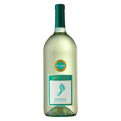Barefoot Moscato White Wine - 1.5L Bottle
