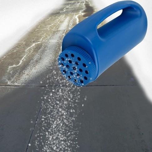 Handheld Salt and Seed Spreader Blue - Stalwart - image 1 of 2