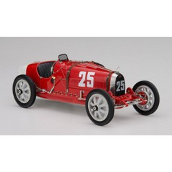 Bugatti T35 #25 National Colour Project Grand Prix Portugal Ltd Ed to 500 pcs Worldwide 1/18 Diecast Model Car by CMC