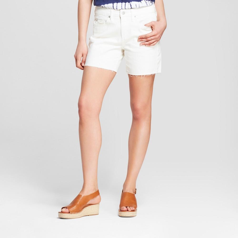 Women's Mid-Rise Raw Hem Boyfriend Jean Shorts - Universal Thread White 16