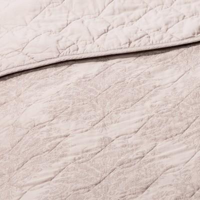Linen Blend Jacquard Quilt Beige - Threshold™ : Target