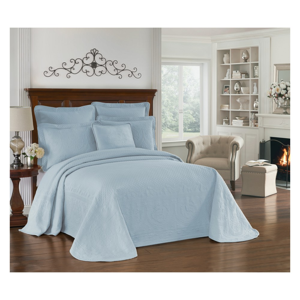 Image of Blue King Charles Matelasse Bedspread (King) - Historic Charleston