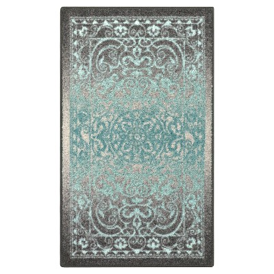 Gray Scroll Tufted Accent Rug 2'6 X3'10  - Maples