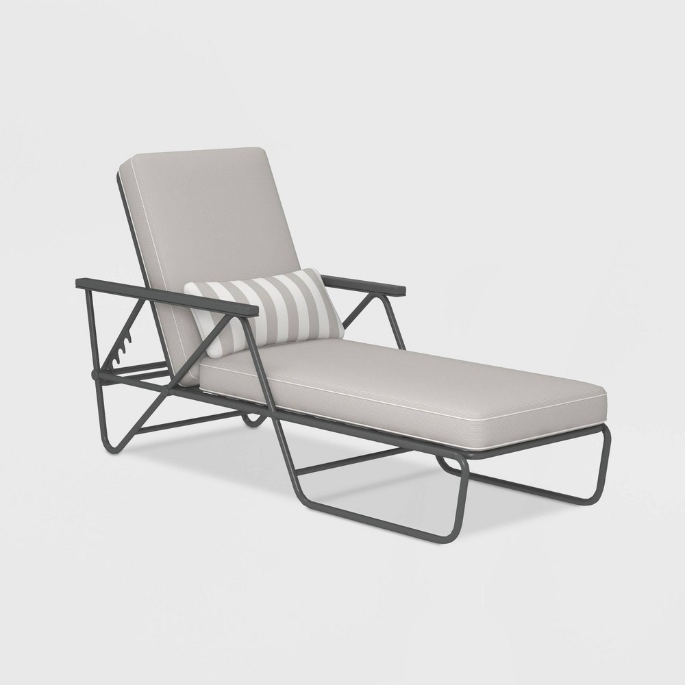 Image of Connie Patio Chaise Lounge - Gray - Novogratz