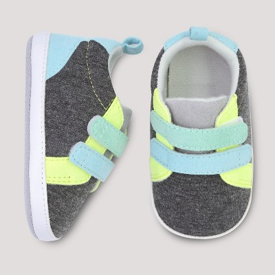 Baby Boys' Color Block Sneaker - Cloud Island™ Gray 3-6M