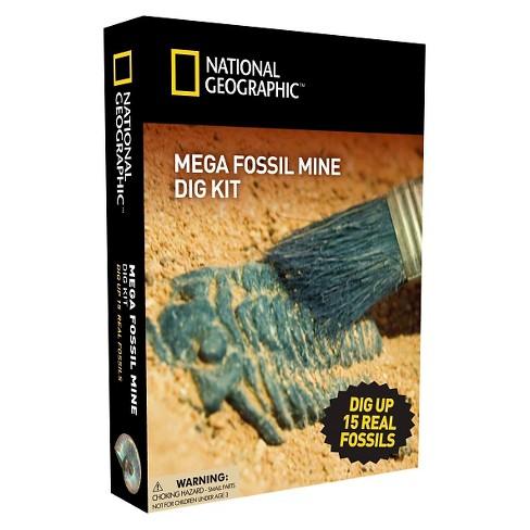 National Geographic™ Mega Fossil Mine Dig Kit