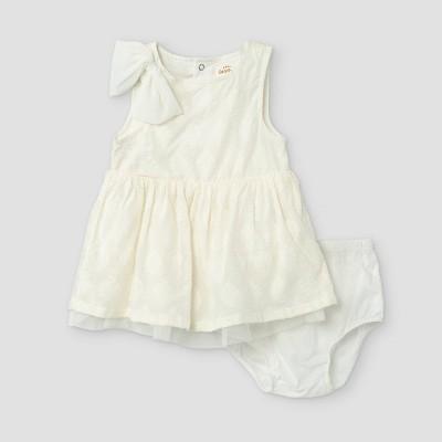 Baby Girls' Sleeveless Clipspot Dress - Cat & Jack™ Cream 0-3M
