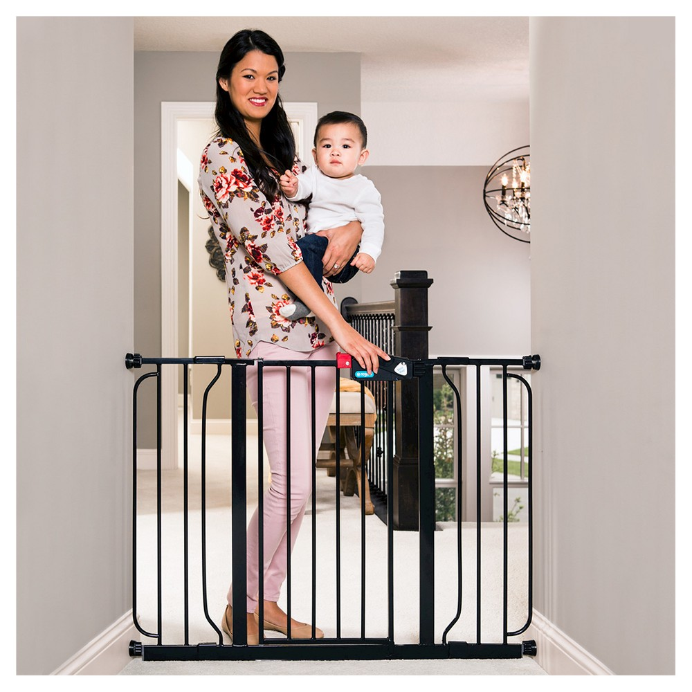 Image of Regalo Extra Wide Baby Gate Black