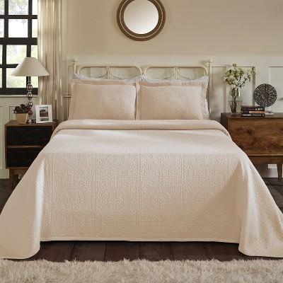 Medallion Jacquard Matelassé Cotton Bedspread Set - Blue Nile Mills