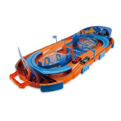 Hot Wheels Slot Track Carrying Case & 5.5ft Track - 1:64 Scale