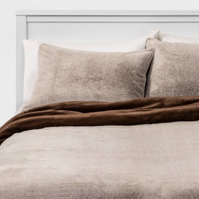 Full/Queen Faux Fur Comforter & Sham Set Brown - Threshold™