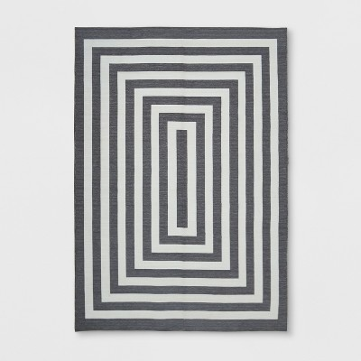 7' x 10' Mitre Stripe Outdoor Rug Gray - Project 62™