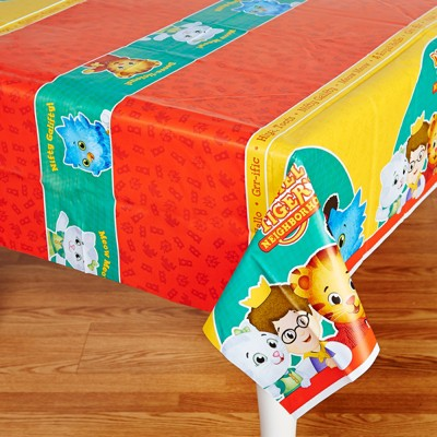 Birthday Express Daniel Tiger'S Neighborhood Party Supplies Tablecovers -  2 Pack