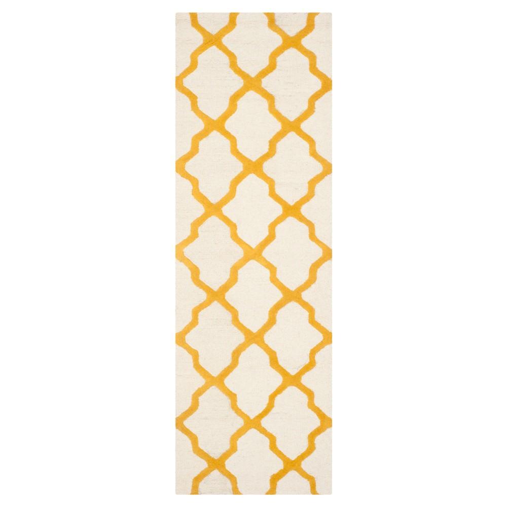 Maison Textured Rug - Ivory / Gold (2'6X12') - Safavieh, Ivory/Gold