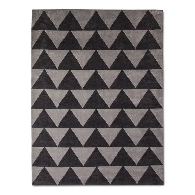Gray Plush Triangles Area Rug (5'x7')- Pillowfort™