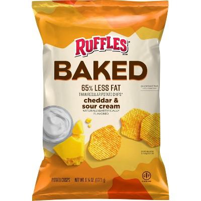 Ruffles Oven Baked Cheddar & Sour Cream Flavored Potato Crisps - 6.25oz