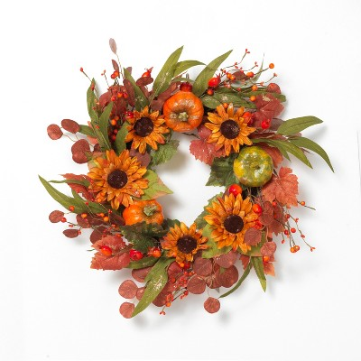 Gerson International 24-Inch Diameter Harvest Wreath with Pumpkin and Berry Accents.