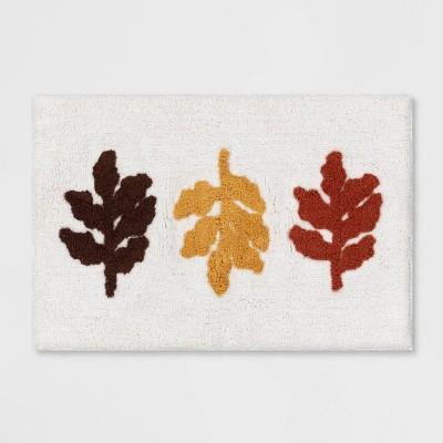 "19""x28"" Leaves Bath Rug White/Orange - Threshold™"