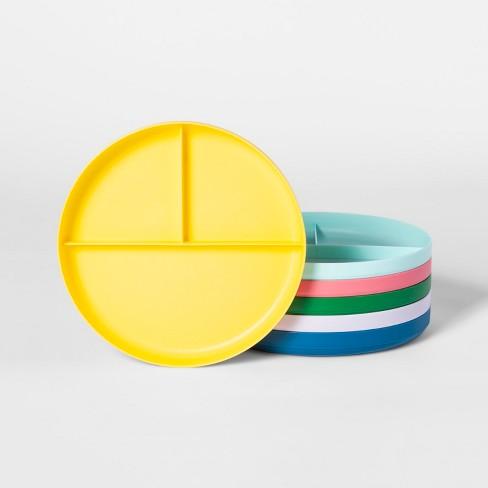 """7.3"""" 6pk Plastic Divided Kids Dinner Plates - Pillowfort™ - image 1 of 1"""