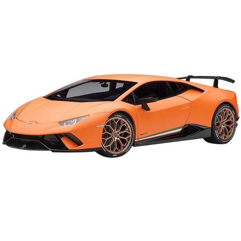 Lamborghini Huracan Performante Arancio Anthaeus / Matt Orange with Gold Wheels 1/18 Model Car by Autoart - image 1 of 4