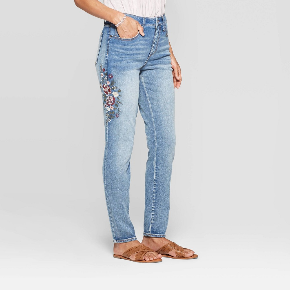 Women's Mid-Rise Embroidered Straight Fit Fashion Pants - Knox Rose Light Denim 12, Blue