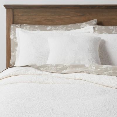 King Matelasse Medallion 8pc Comforter & Sheet Bundle White - Threshold™
