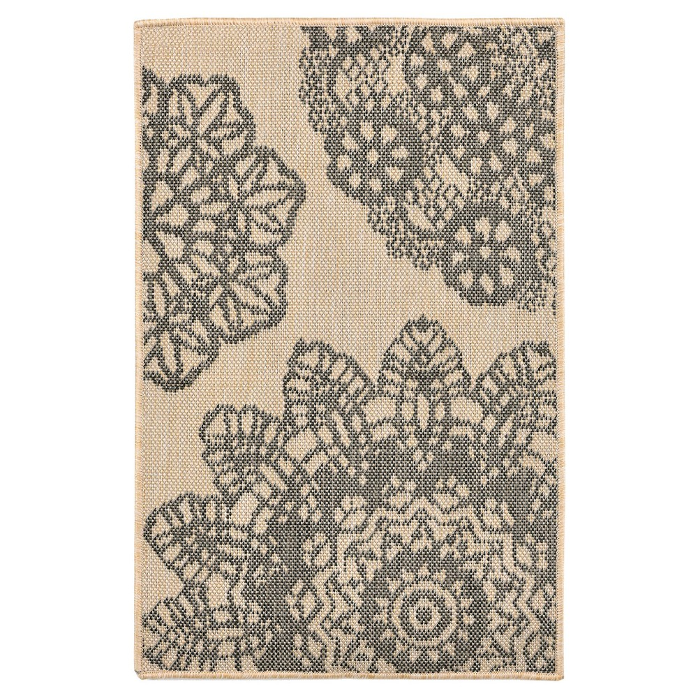 Gray Lace Woven Accent Rug 1'11