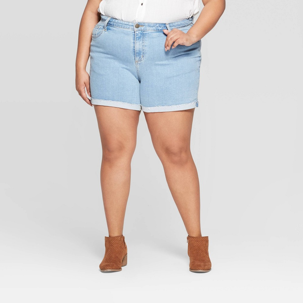 Women's Plus Size Mid-Rise Boyfriend Jean Shorts - Universal Thread Light Blue 20W