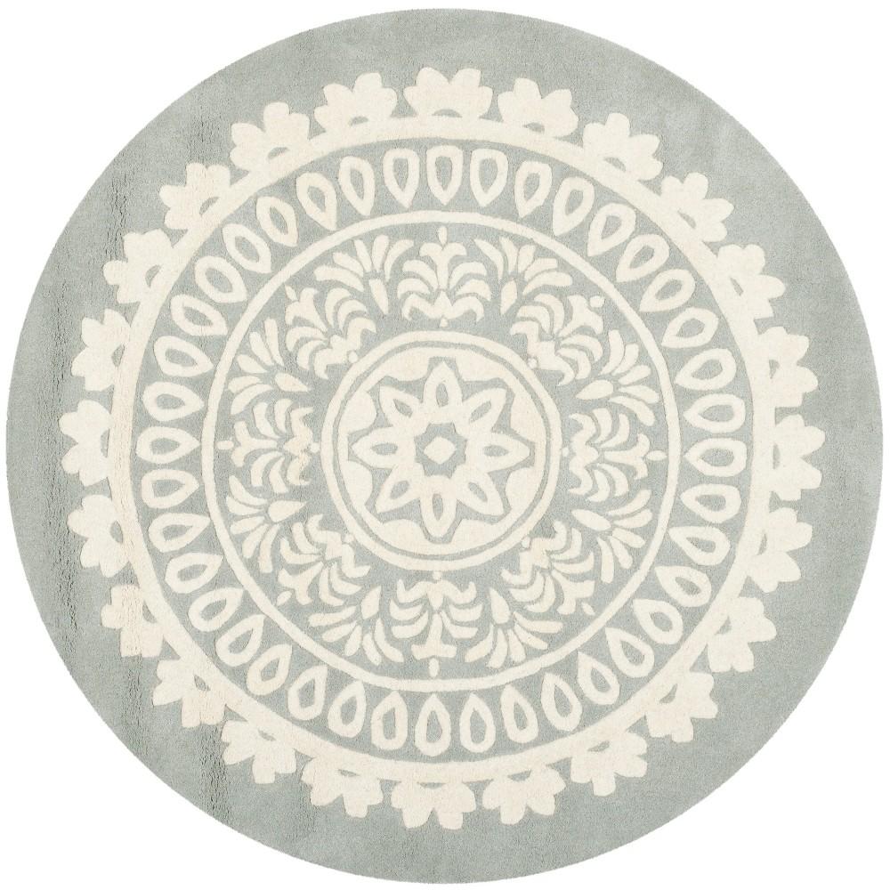 5' Medallion Round Area Rug Gray/Ivory - Safavieh, White Gray