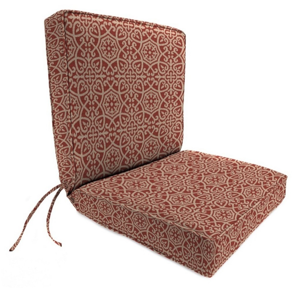 Outdoor Boxed Edge Dining Chair Cushion In Ayathena Cayenne - Jordan Manufacturing, Berry Maroon