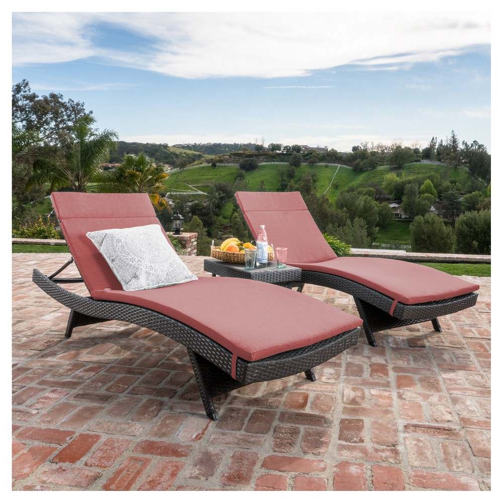 Salem 3pc Gray Wicker Lounge and Coffee Table - Red - Christopher Knight Home