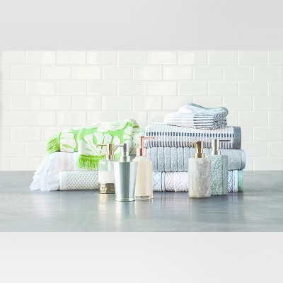 On trend bath towels and accessories
