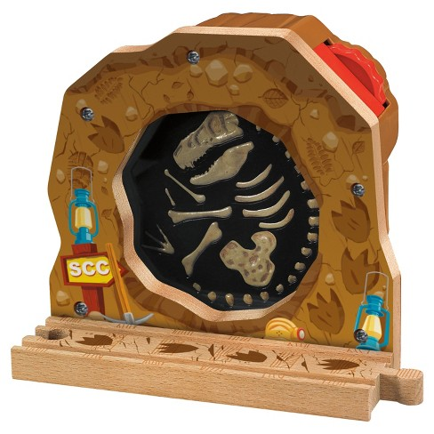 Fisher-Price Thomas & Friends Wooden Railway Fossil Discovery - image 1 of 4