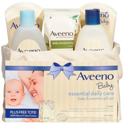 Aveeno Baby Essentials Daily Care Gift Set