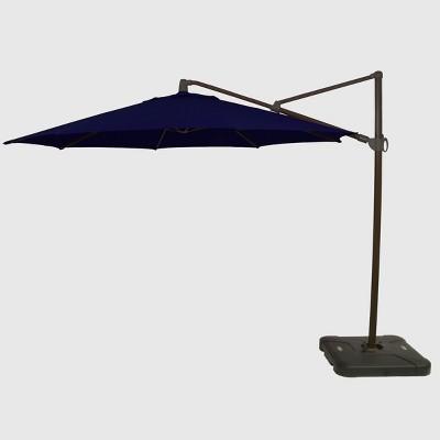 Merveilleux 11u0027 Offset Patio Umbrella Sunbrella Spectrum Indigo   Black Pole   Smith U0026  Hawken™