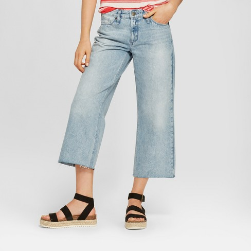 Women's High-Rise Wide Leg Crop Jeans - Universal Thread™ Light Wash - image 1 of 3