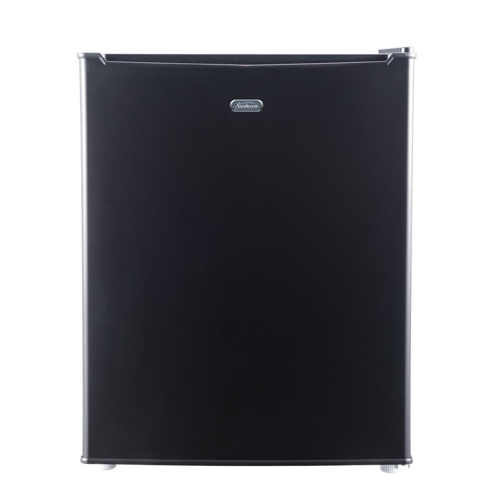 Sunbeam 2.5 cu ft Mini Refrigerator - Black SGR25MBKE Keep your drinks and perishable items cool and fresh with this practical 2.5 cubic foot Sunbeam mini refrigerator. This unit is perfect for a college dorm, home office or any other small compact space. This unit includes manual defrost, a recessed handle, 2 wire shelves and a 4 can dispenser. This unit also includes a one year limited warranty.