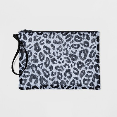 Mesh Pouch Clutch   Shade &Amp; Shore by Shade & Shore