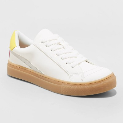 Women's Brittin Sneakers - Universal Thread™