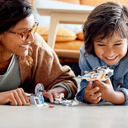 LEGO Star Wars Snowspeeder Starship Toy Building Kit 75268 image number null