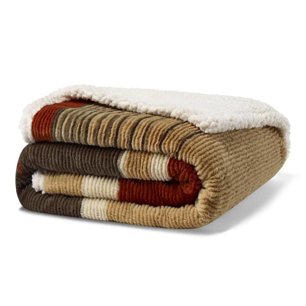 Image of Fillmore Stripe Throw Blanket Green - Eddie Bauer