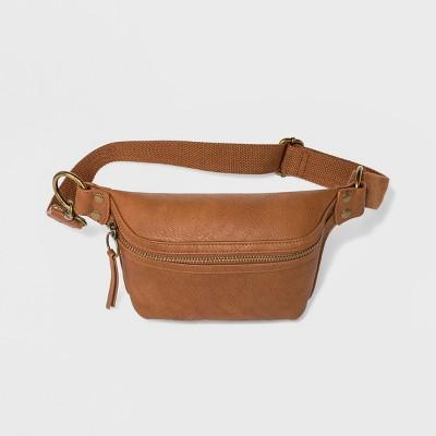 a03b45ba21 Trending Fanny Packs. Women s Belt Bag ...