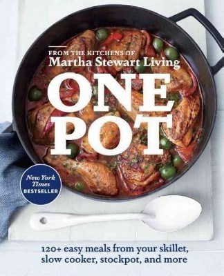 One Pot (Paperback)by Martha Stewart Living