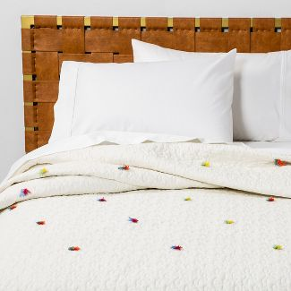 Twin/Twin Extra Long Tassel Quilt Cream - Opalhouse™