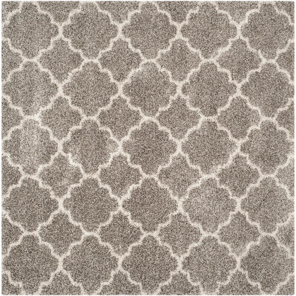 8'X8' Quatrefoil Design Loomed Square Area Rug Gray/Ivory - Safavieh