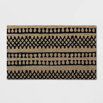 "1'6""X2'6""/18""X30"" Stripe Tufted Doormat Black - Project 62™"