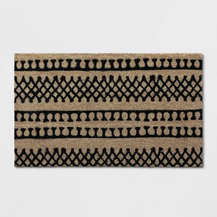 "1'6""X2'6""/18""X30"" Stripe Tufted Doormat Black - Project 62™ - image 1 of 3"