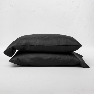 Standard 300 Thread Count Temperature Regulating Solid Pillowcase Set Washed Black - Casaluna™