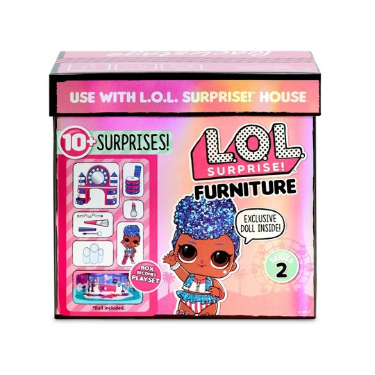 L.O.L. Surprise! Furniture Backstage with Independent Queen & 10+ Surprises image number null