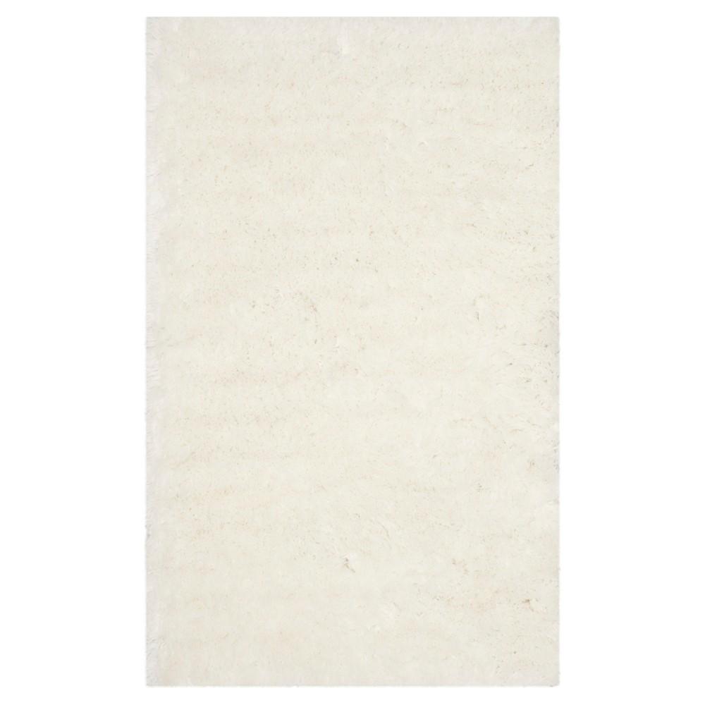 Anwen Accent Rug White 4'x6' - Safavieh, Ivory